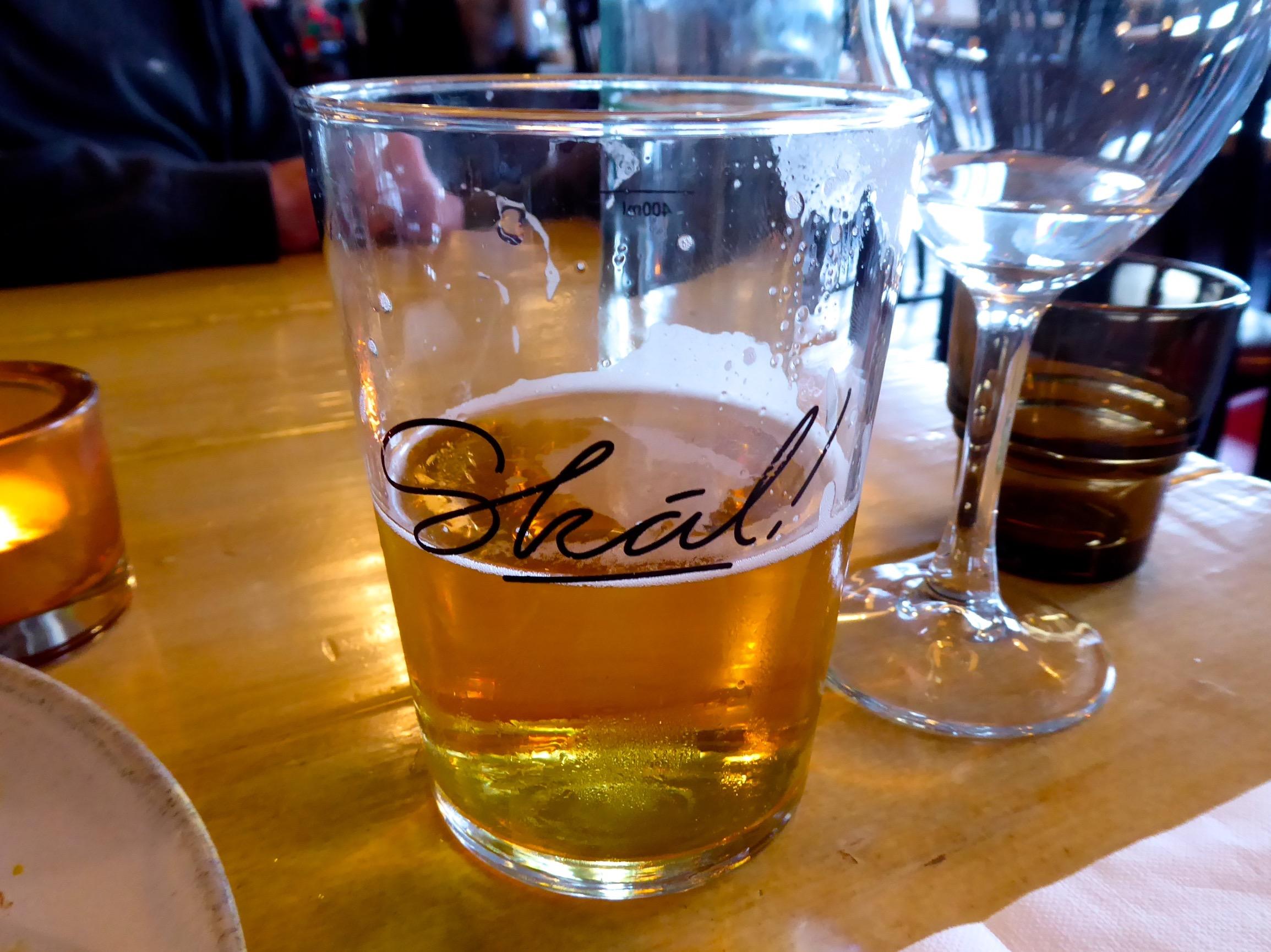 auf der Insel Westmänner gebrautes Bier