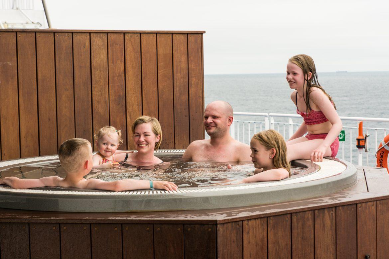 Hot Tub auf der Fähre Norröna
