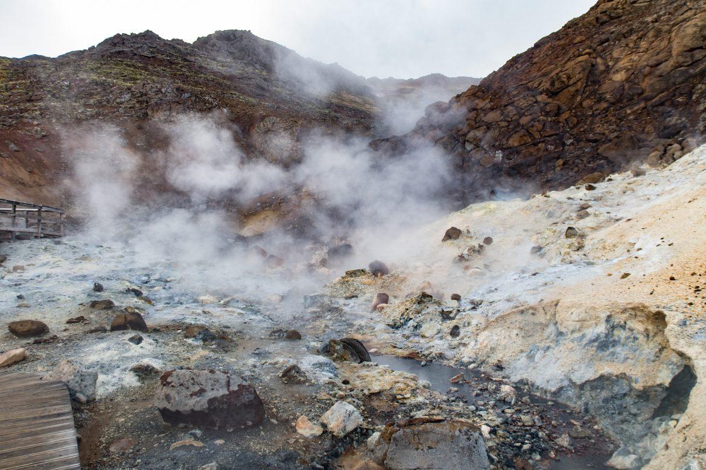 Thermalquellen im Hochtemperaturgebiet Krysuvik auf Reykjanes-Halbinsel von Island