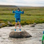 Europa, Island, Skandinavien,  Kjoelur, Hochland, Hochlandwueste, Kinder, Fluss, Flussdurchquerung, wandern, WerbungPR, 7/2014