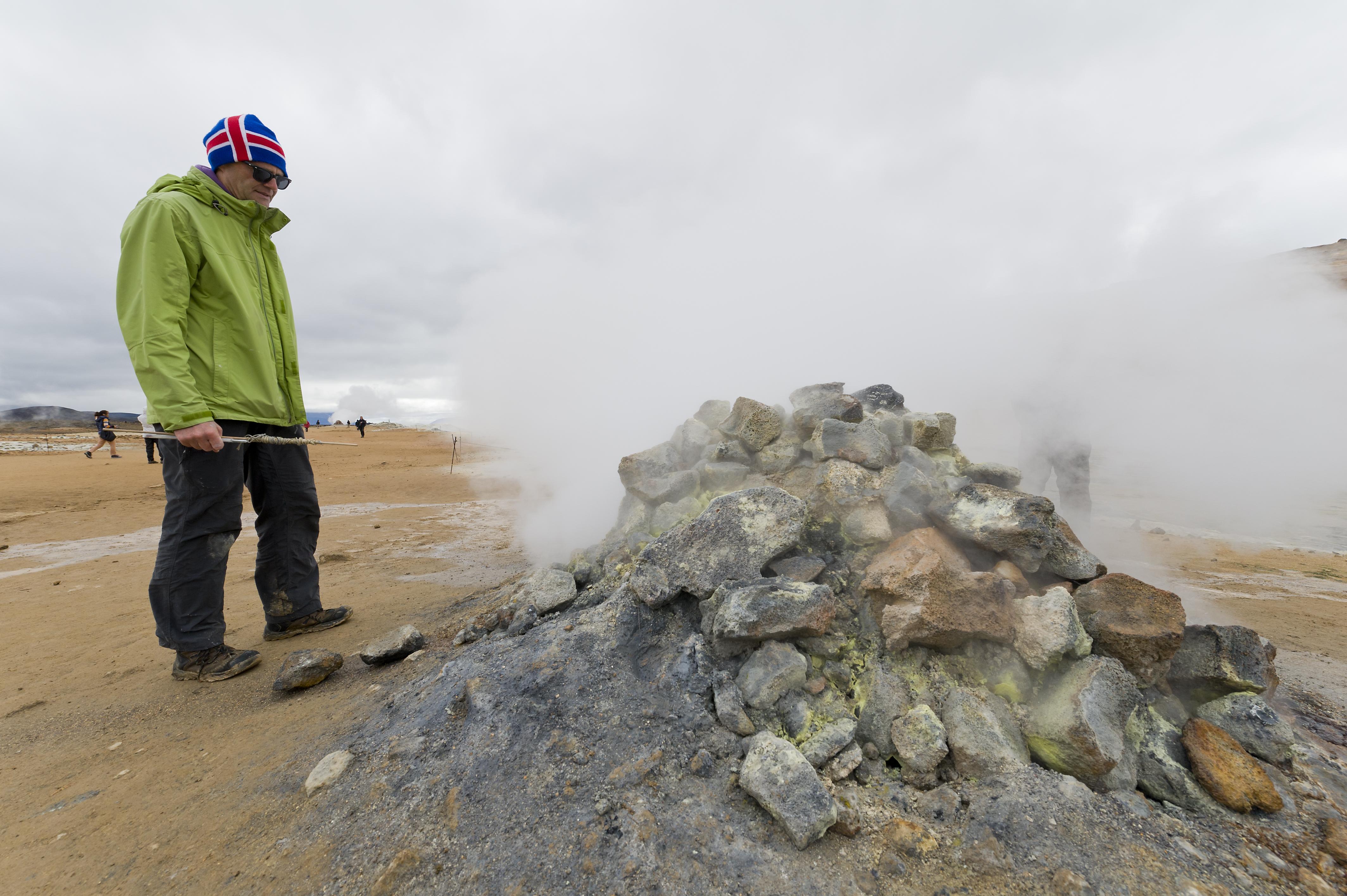 Europa, Island, Nordisland, Myvatn, Hochthermalgebiet Namafjall, Namaskard, Fumarole, Dampffumarole, Vulkanismus, Geothermie, geothermische Energie, WerbungPR, 7/2014
