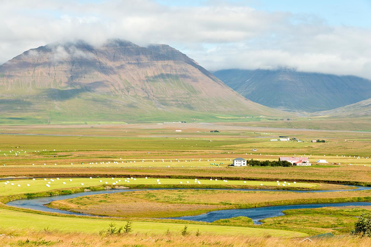 Europa, Island, Skandinavien, Nordisland, Skagafjoerdur, Fluss, Bauernhof, Tal, Landschaft, WerbungPR, 7/2014