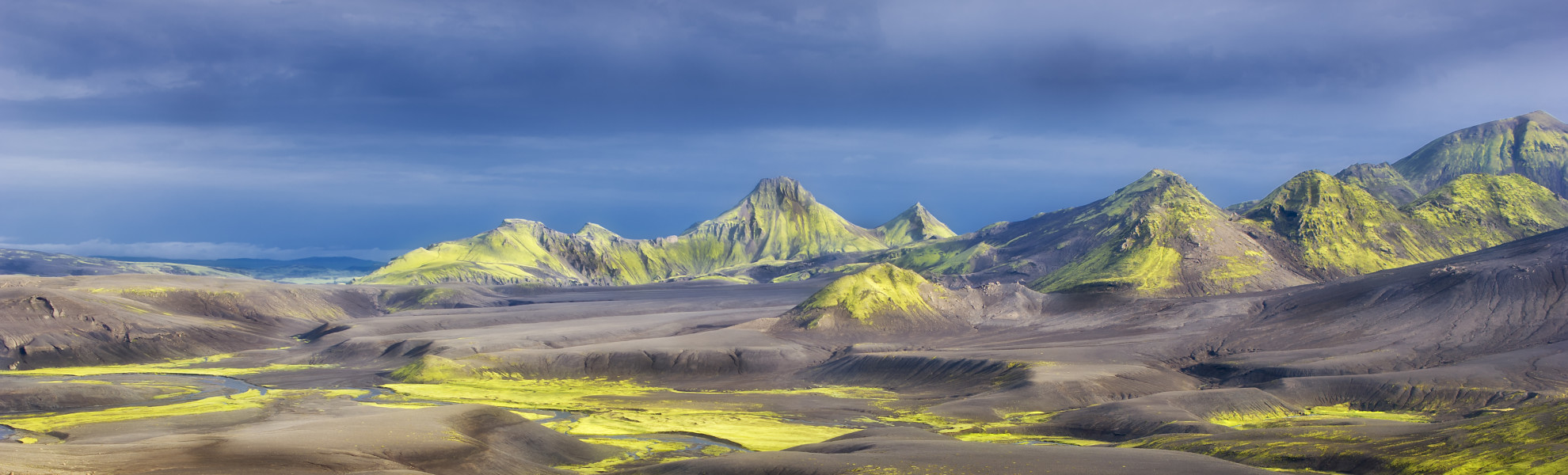 Island - Atemberaubende Landschaften