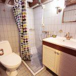 bathroom-donna-wood-northsailing