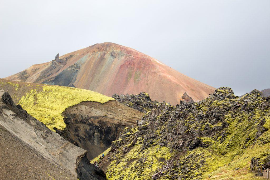 farbige Berge von Landmannalaugar im Hochland von Island