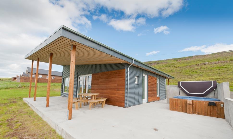 Top 1 Ferienhaus Hrafnasteinn Nordisland, Akureyri, See Mývatn, aussen, Hotpot