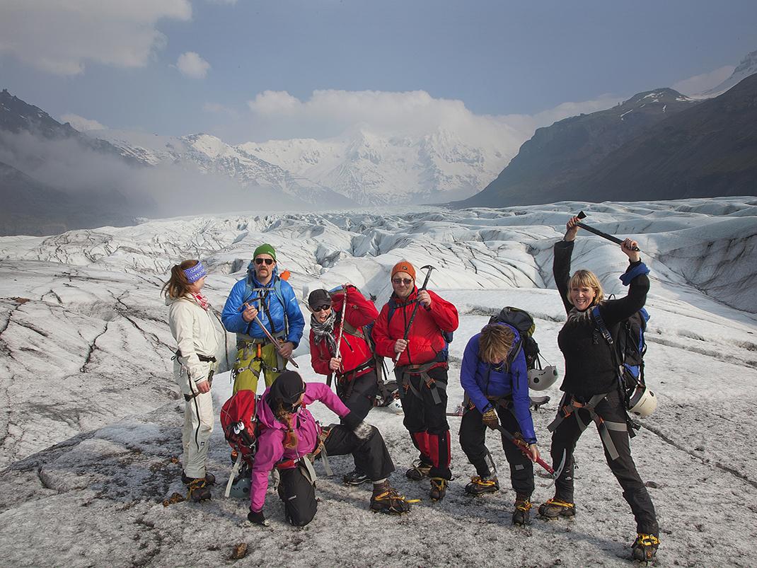Steigeisen Gletscher Südostisland Gletscherspalte