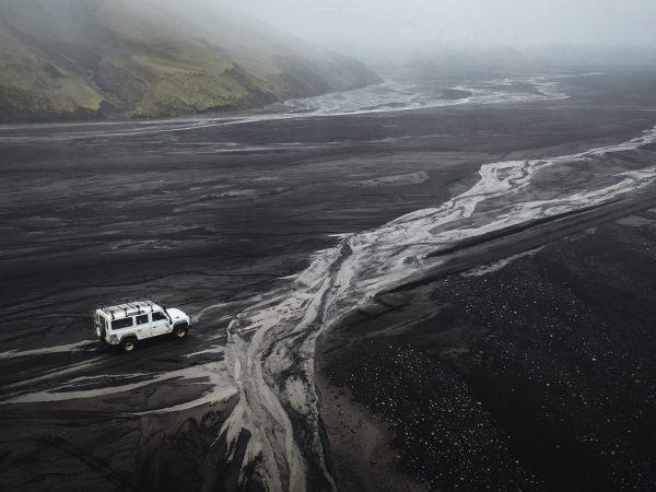 Islands karges Hochland mit dem Jeep bereisen