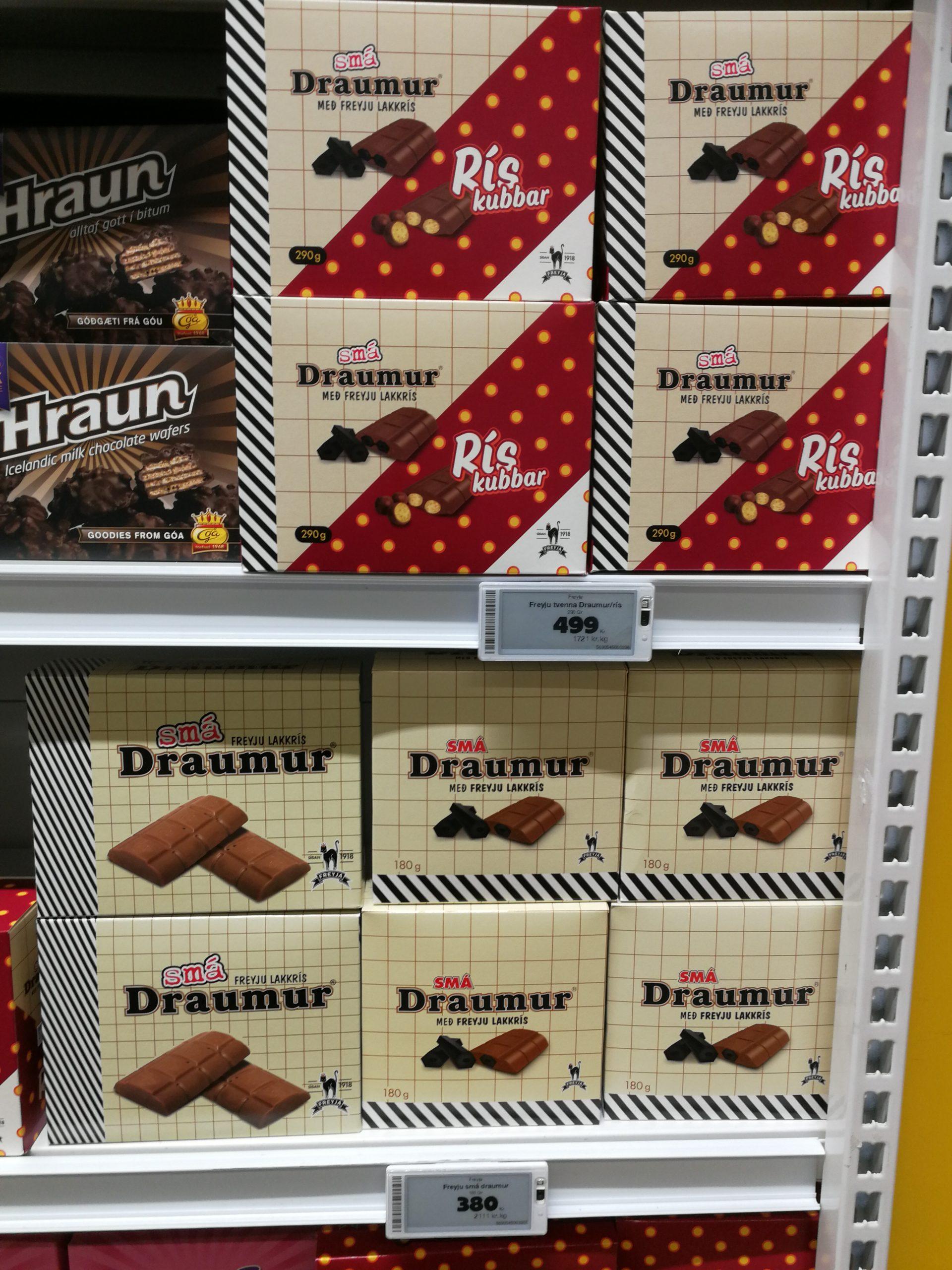 Schokolade in einem isländischen Supermarkt