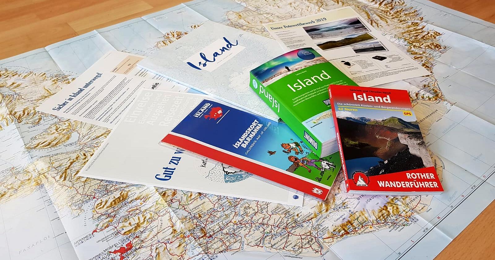Abbildung von Reiseunterlagen bei Katla Travel