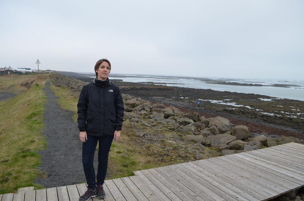 Julia am Meer von Eyrarbakki