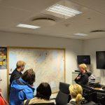 Feuerwehrmann erklärt das Einsatzgebiet in Südisland