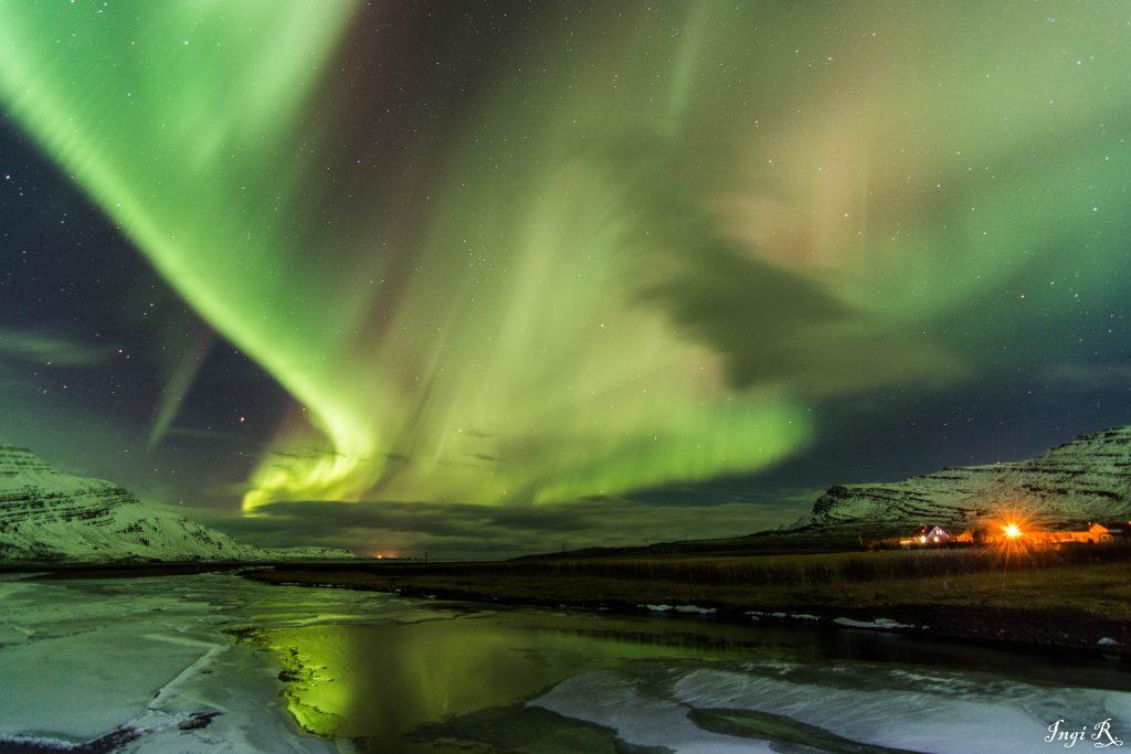 Nordlichter über Ostisland
