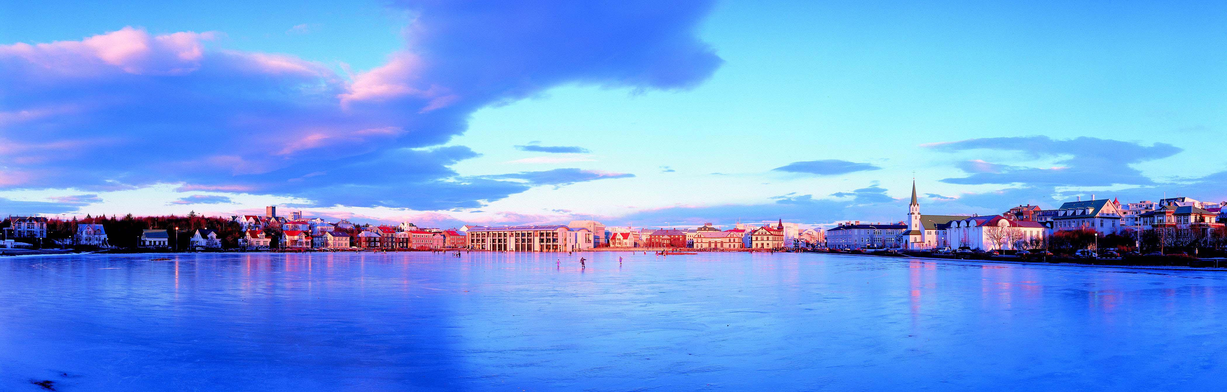 Island, Suedisland, Reykjavik, Tjoernin, Hauptstadt, Winter, Eis,