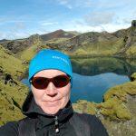 Vulkanisches Gebiet von Lakagigar in Islands Hochland im Südosten, Wanderin
