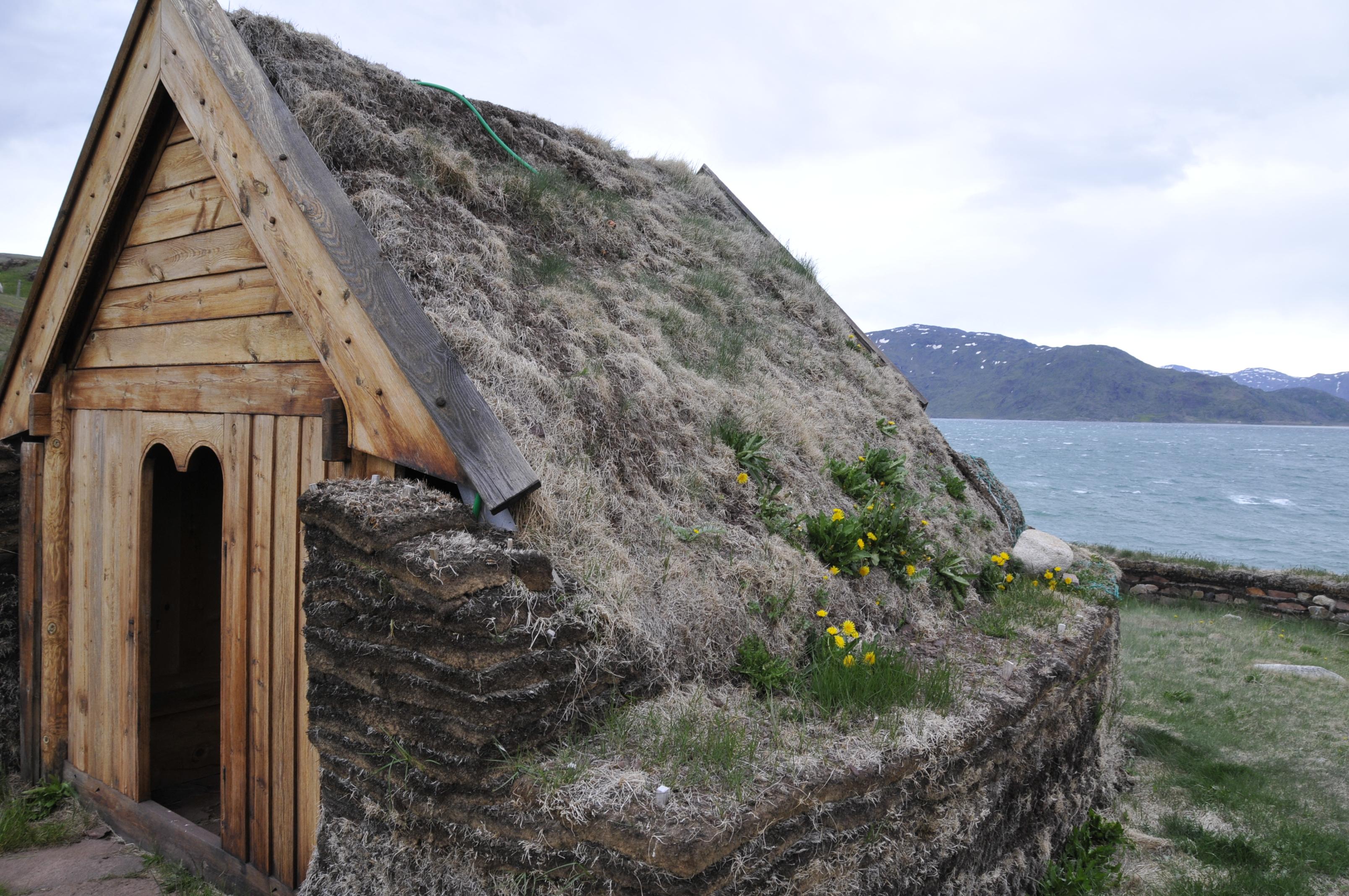 altes Grassodenhaus in Südgrönland